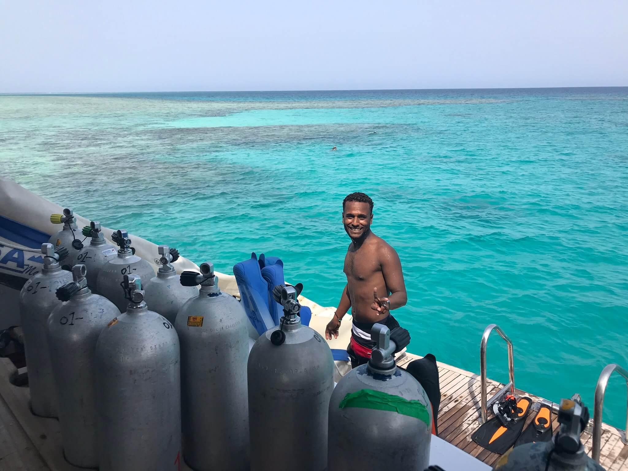 Najpiękniejsze Rafy Koralowe na świecie - nurek 2