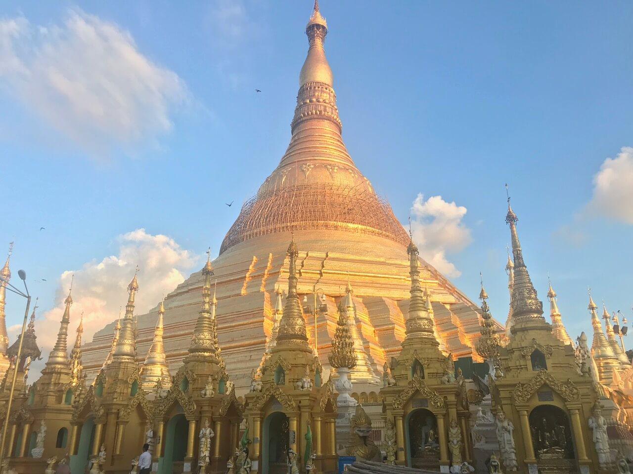 Pagoda Shwedagon w Birmie