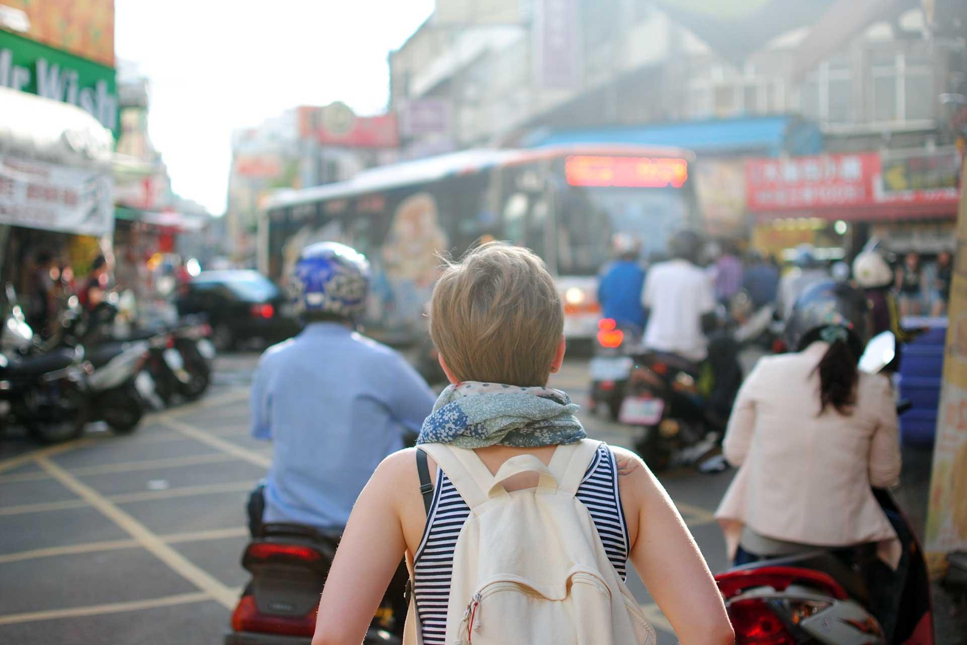 Trekking miejski z plecakiem