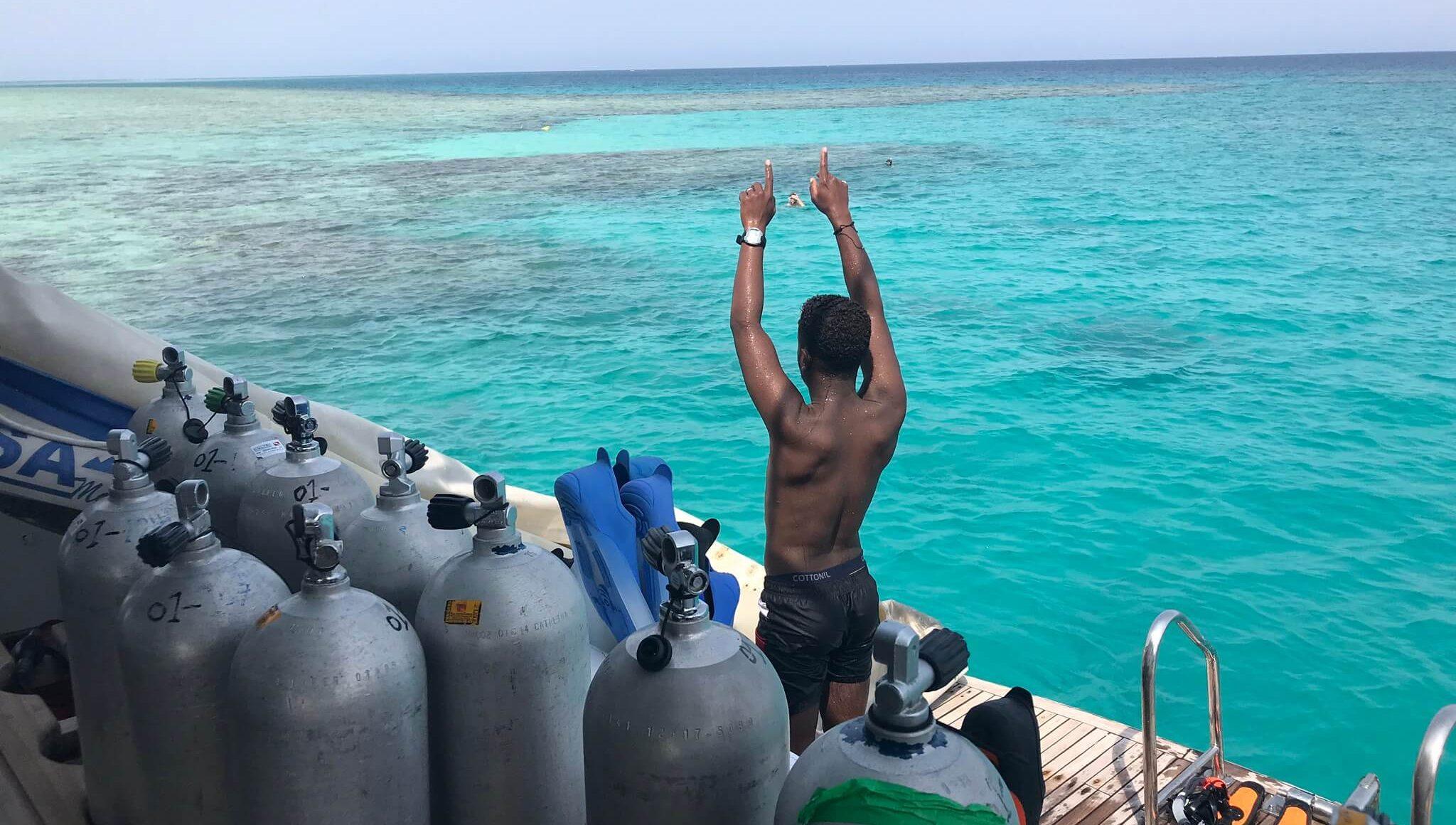 Najpiękniejsze Rafy Koralowe na świecie - nurek